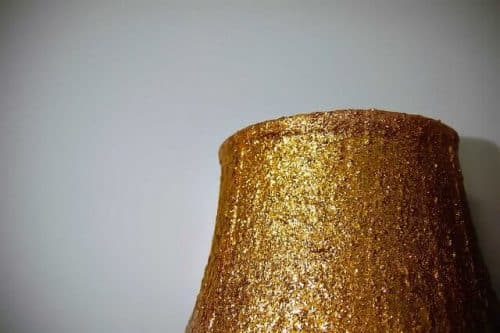 DIY Glitter Lamp Shade | by Stacie Stacie Stacie (https://www.flickr.com/photos/35754040@N04/) | Creative Commons