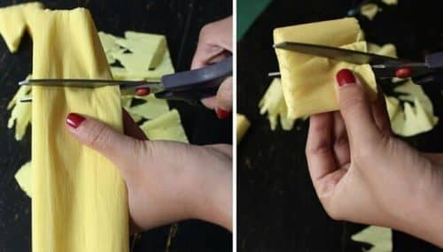 how to make a pinata - crepe paper