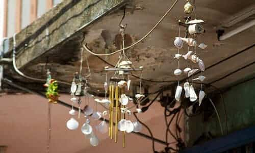 wind chimes Creative Commons | McKay Savage | http://www.flickr.com/photos/mckaysavage/6491915893/