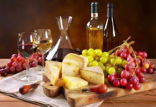 cheese wire cutter, wine glasses plastic